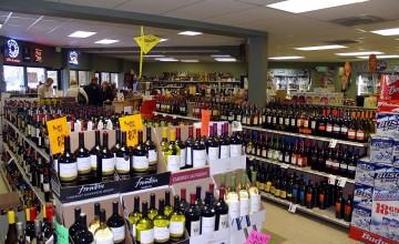 Liquor_store_in_Breckenridge_Colorado